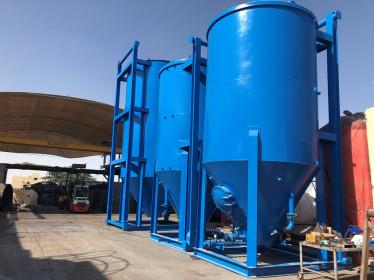 Pressurized cement silos
